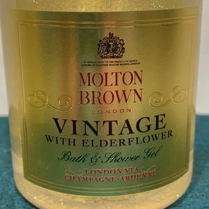 Molton Brown Makeup - Molton Brown Bath & Shower Gel